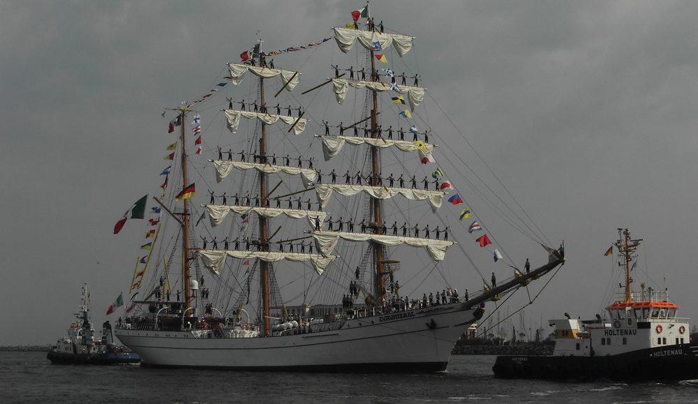 Das mexikanische Schulschiff...