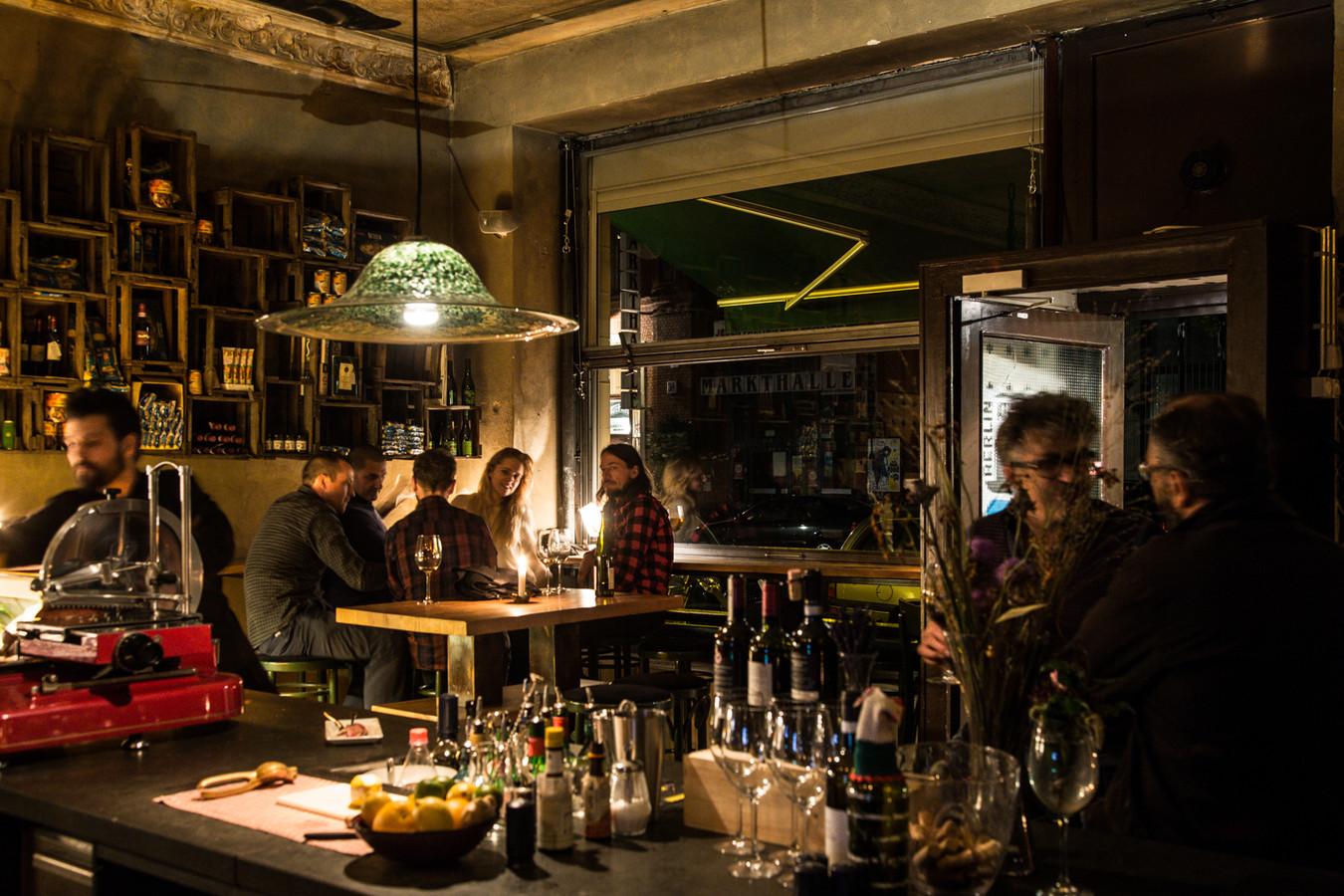 gallina ihre vineria bar in berlin. Black Bedroom Furniture Sets. Home Design Ideas