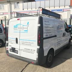 Firmen-Paket Transporter & Beschriftung 7