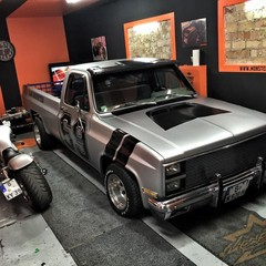 Vollfolierung Chevy C10 Monster 5