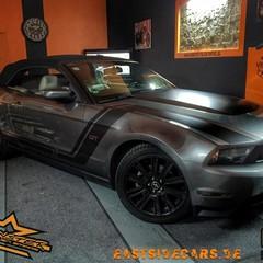 Vollfolierung Mustang Cabrio grau 3