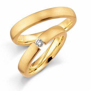 Trauring mit Diamant und ohne Diamant
