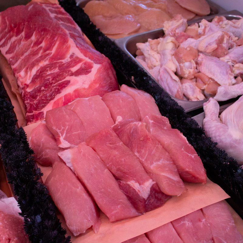 Akron's Famous Fried Chicken - Showcase Meats